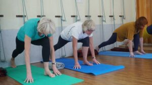 exercising older people